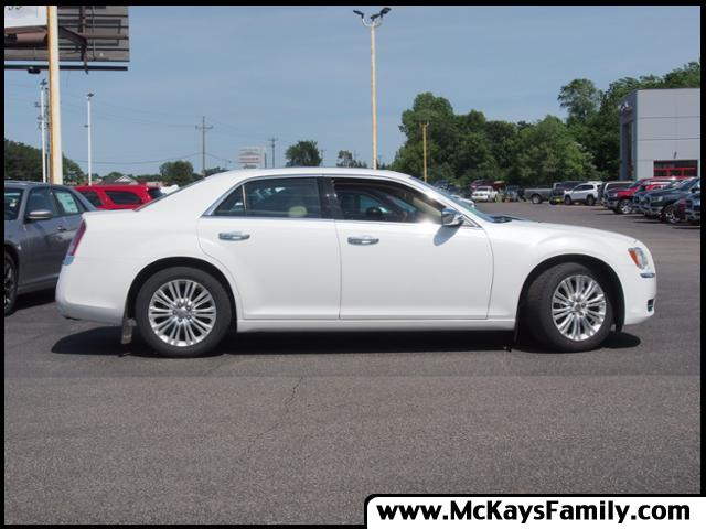 Pre-Owned 2012 Chrysler 300 Limited