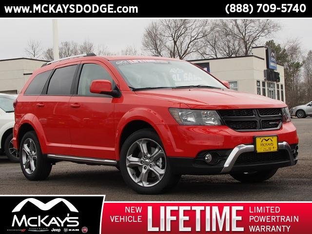 PRE-OWNED 2017 DODGE JOURNEY CROSSROAD AWD